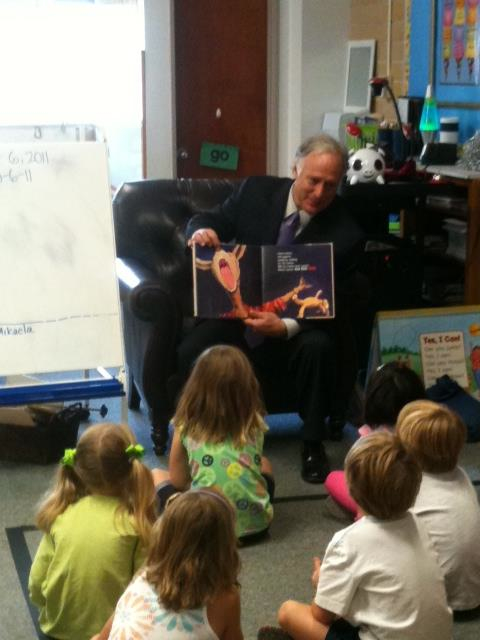 Sen. Watson reading to children